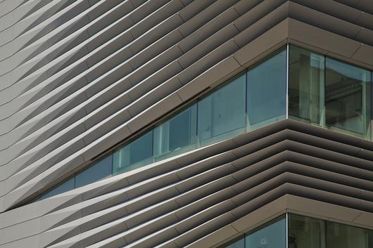 کامپوزیت،اجرای نمای ساختمان با کامپوزیت